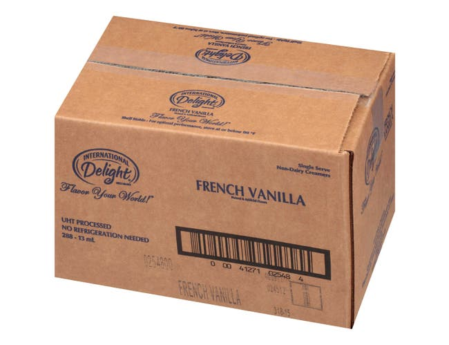 International Delight Classic French Vanilla Flavored Gourmet Coffee Creamer -- 288 per case.