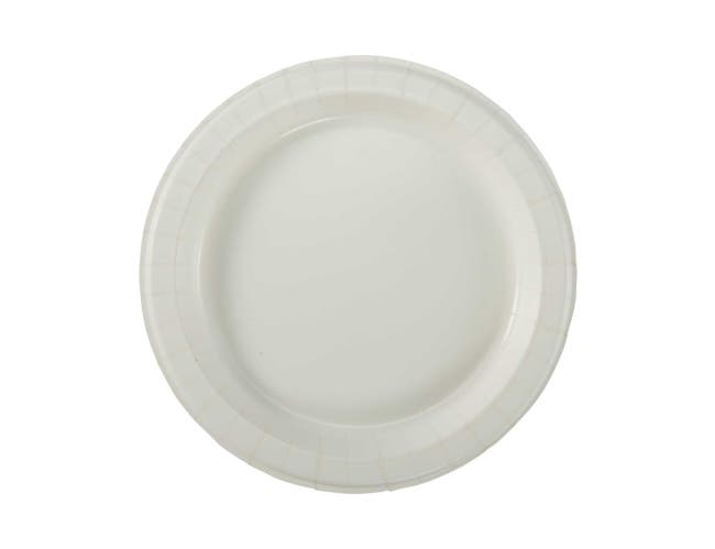 Dixie Ultra 8.5 inch Heavy Weight Paper Plate White -- 500 per case.