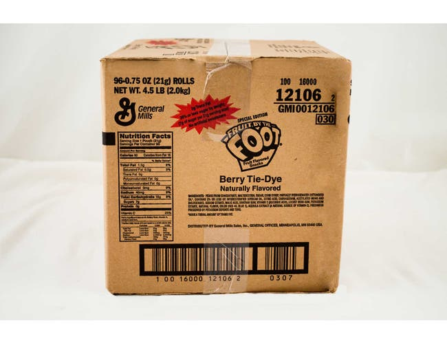 Fruit by the Foot Berry Tie-Dye - 0.5 oz. pack, 96 per case