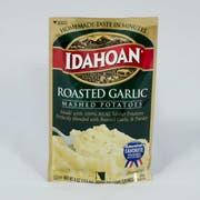 Idahoan Roasted Garlic Mashed Potatoes, 4 Ounce Pouch -- 12 per case.