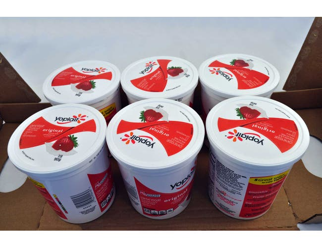 Yoplait Low Fat Creamy Strawberry Yogurt, 32 Ounce -- 6 per case.