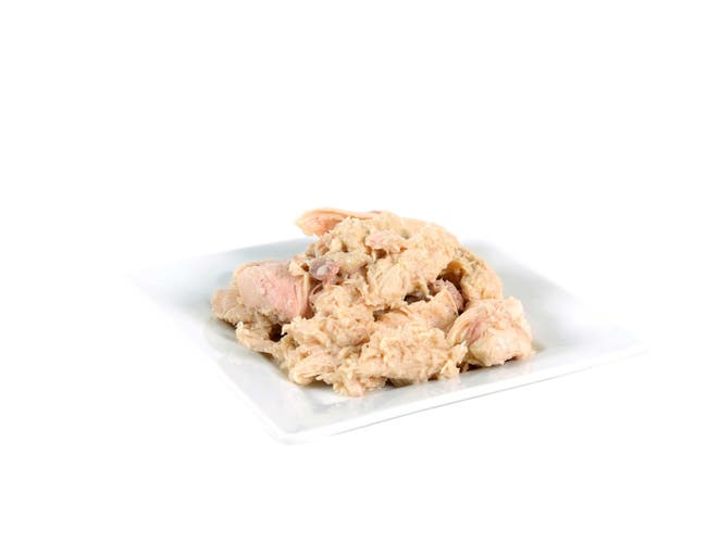Deluxe Boned Chicken Entree - With Broth - 48 Oz. -- 6 Per Case
