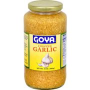 Goya Chopped Garlic - 32 oz. jar, 12 per case