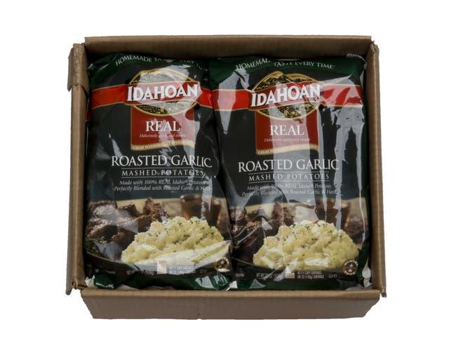 Idahoan Roasted Garlic Real Mash Potatoes, 32 Ounce -- 8 per case.