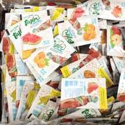 Tajin Low Sodium Fruit Seasoning, 0.035 Ounce Packet -- 1000 per case.